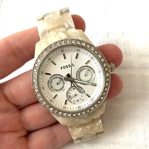 Stella Fossil Watch pearlized band w/ silver face